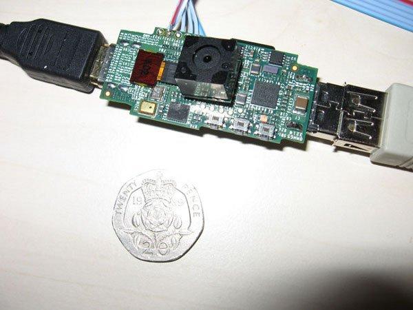 Raspberry Pi rinviato: manca il marchio CE